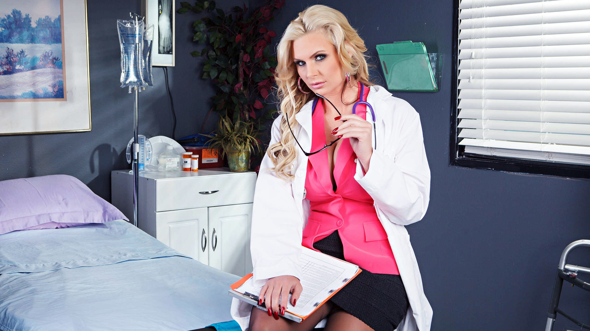 Dr Assburn